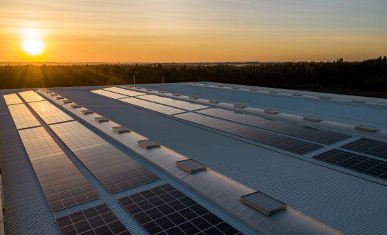 What is solar energy storage?
